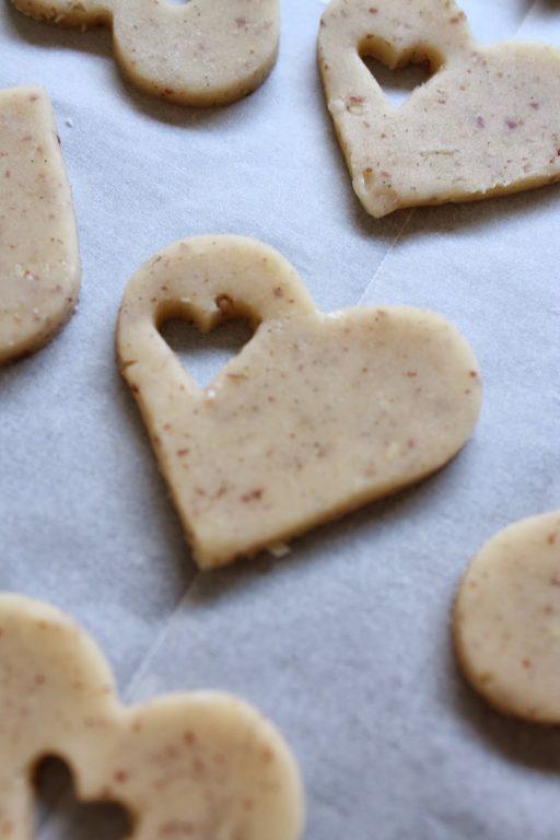 עוגיות חמאה - פקאן עם לב ריבה