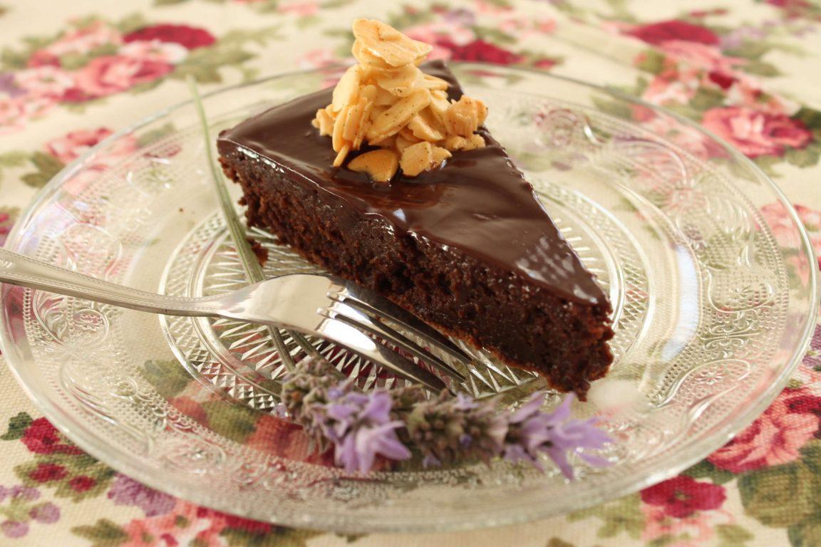 עוגת שוקולד - שקדים לפסח