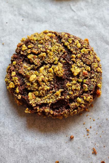 עוגיות שוקולד - פיסטוק לילדים גדולים..