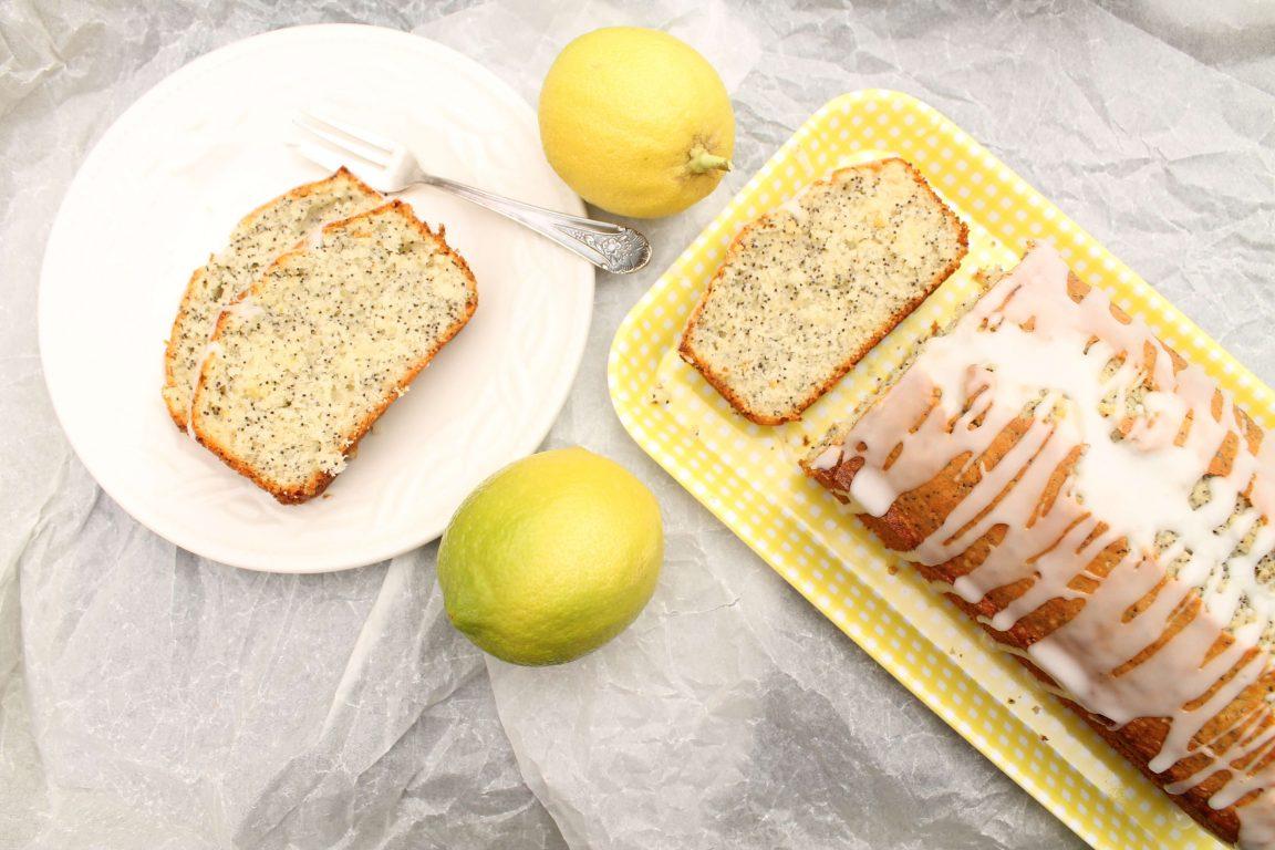 עוגת לימון ופרג עדינה בציפוי לימוני