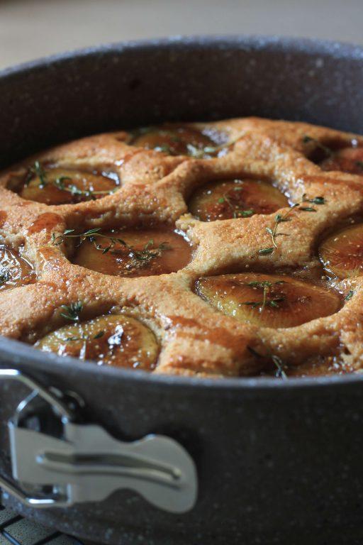 עוגת תאנים, שקדים ותימין