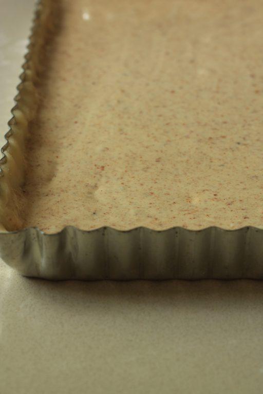 טארט משמשים בקרם שקדים