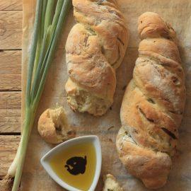 לחם דורום ובצל ירוק