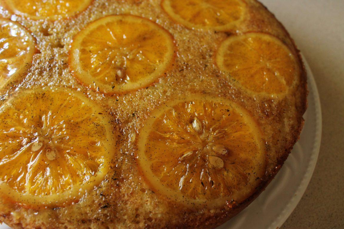 עוגת תפוזים הפוכה עם סולת ושמן זית