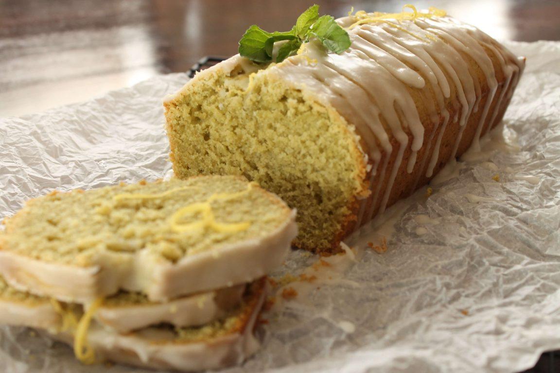 עוגת לימונענע בציפוי לימוני