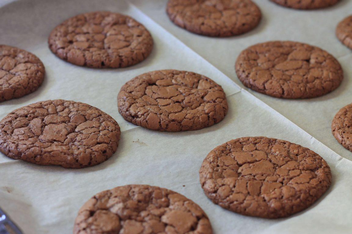 עוגיות שוקולד ואגוזי מלך לפסח