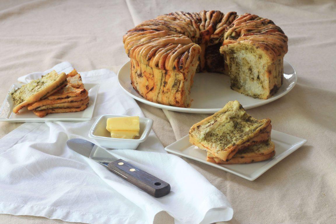 מניפת לחם בשלושה צבעים וטעמים