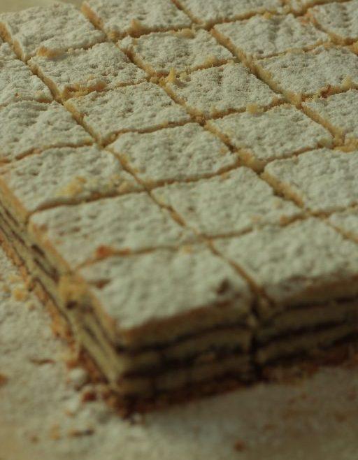 עוגיות שכבות פריכות עם שוקולד