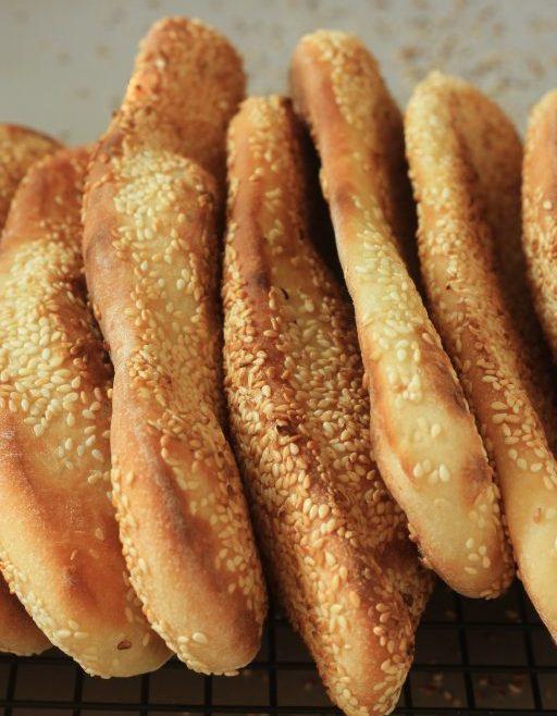 לחם שומשום