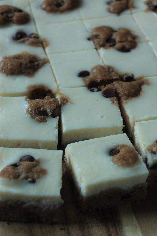 ריבועי גבינה בבצק עוגיות שוקולד צ'יפ