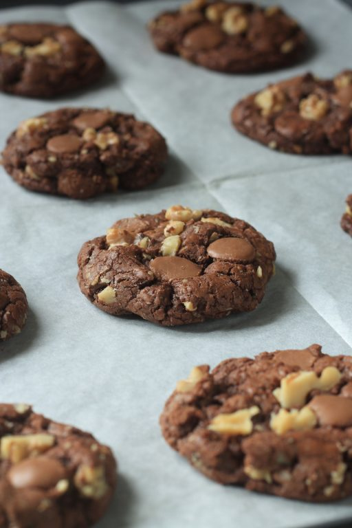 עוגיות פאדג' שוקולד ואגוזי מלך