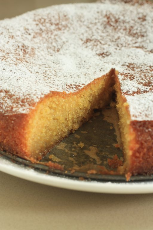 עוגת פולנטה שקדים ולימון כשרה לפסח