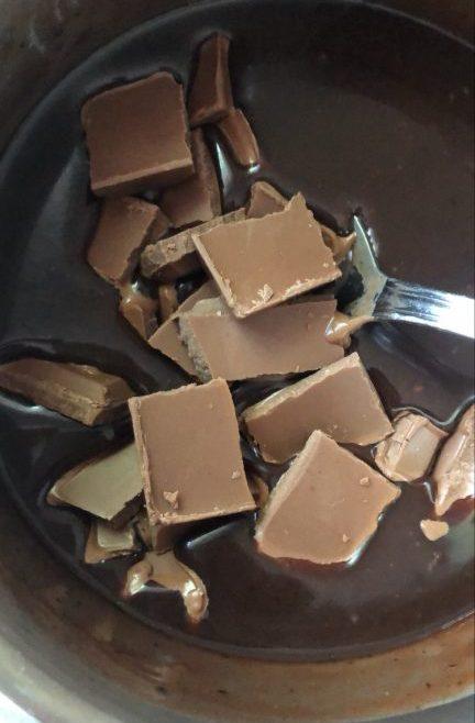 חטיף שיבולת שועל ושוקולד ללא אפייה